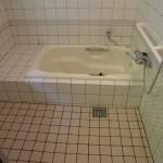 改修後:浴槽